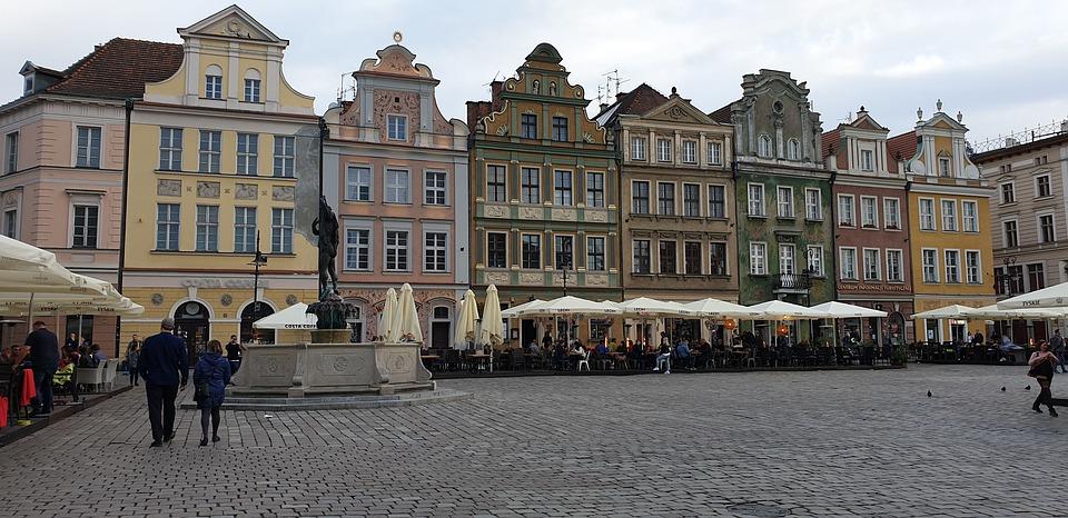 Kurs na wózek widłowy Poznań – jak zdobyć uprawnienia?